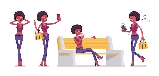 Junge schwarze frau mit gadgets, sitzend auf einer weißen bank