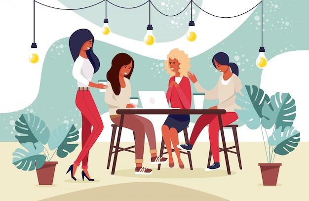 Junge weibliche leute-gemeinschaft, die ideen, nachrichten teilt
