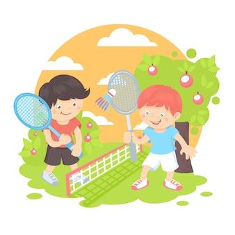 Jungen, die badminton spielen