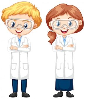 Jungen und mädchen im wissenschaftskleid