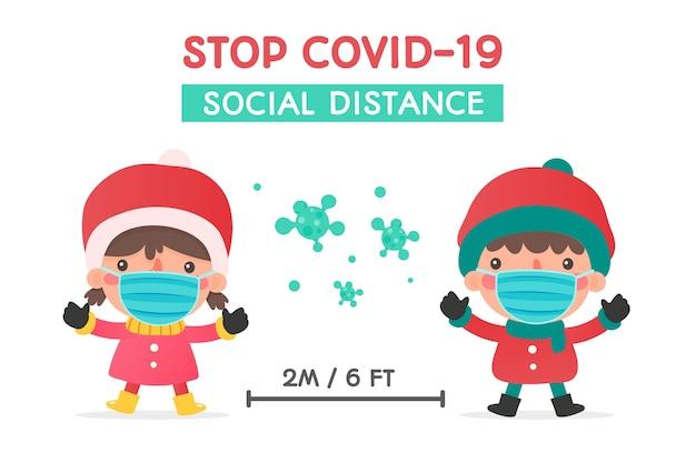 Jungen und mädchen in winterkleidung und masken warnten im winter vor sozialer distanz