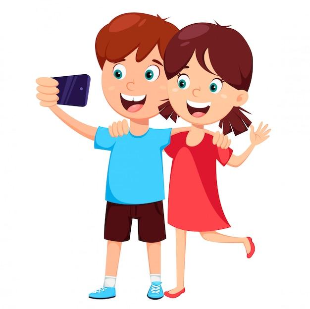 Jungen und mädchen machen selfie