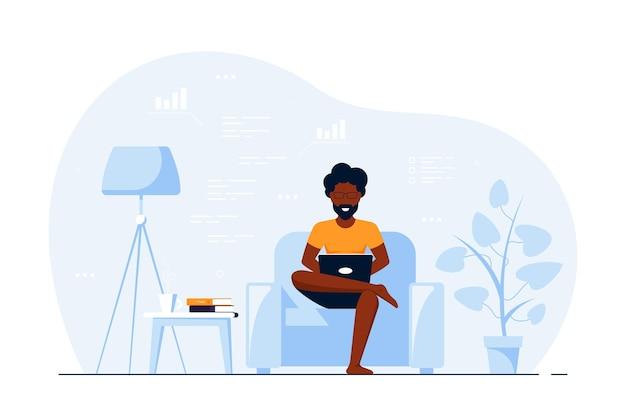 Junger schwarzer mann zu hause, der im stuhl sitzt und am computer arbeitet. fernarbeit, home office, selbstisolationskonzept. flache artillustration, lokalisiert auf weißem hintergrund.