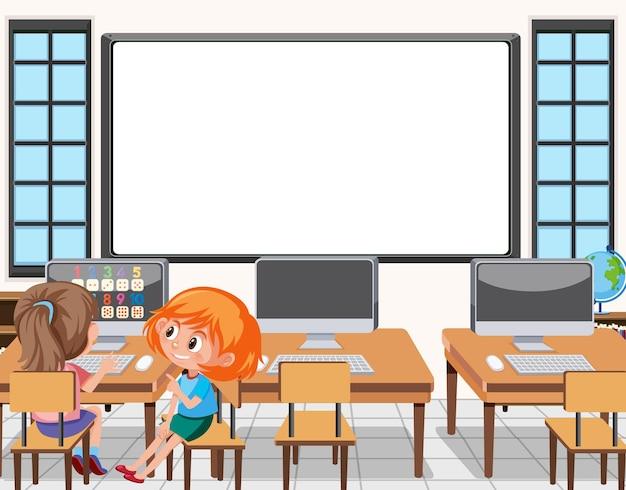 Junger student, der computer in der klassenzimmerszene benutzt