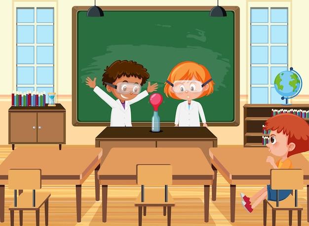 Junger student, der wissenschaftsexperiment in der klassenzimmerszene tut