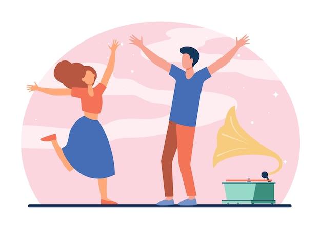 Junges paar, das retro-party genießt. glückliches mädchen und kerl, die an der flachen vektorillustration des grammophons tanzen. unterhaltung, romantik, lustiges konzept