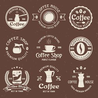 Kaffee-emblem in farbe gesetzt
