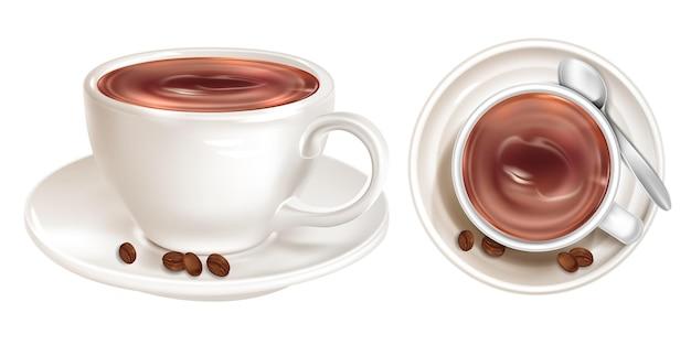Kaffee in tasse mit untertasse und löffel draufsicht und seitenansicht