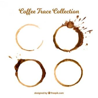 Kaffeeflecken mit spritzern gesetzt
