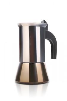 Kaffeemaschine auf weiß