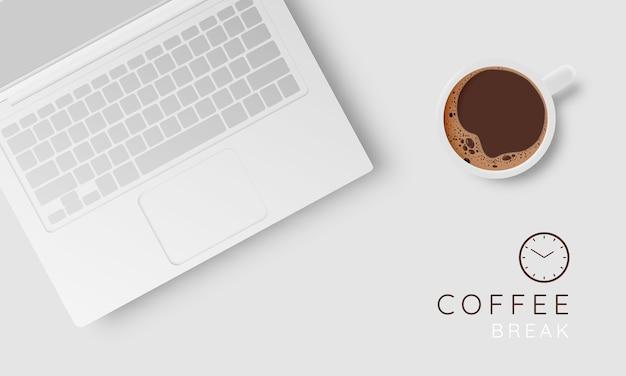 Kaffeepausenhintergrund mit kaffeetasse und pastellfarbschema
