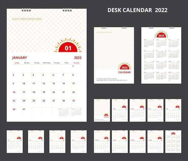 Kalender 2022. stellen sie den tischkalender für das corporate design der vorlage ein. wochenstart am sonntag.