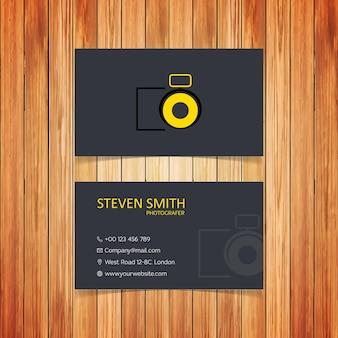 Kamera-logo minimal corporate visitenkarte mit schwarzer front und rückseite