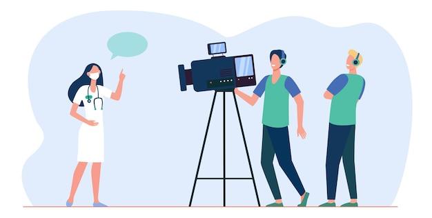 Kameramänner machen video von medizinischem experten. doktor spricht vor der kamera. karikaturillustration