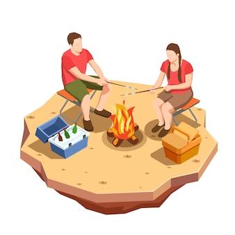 Kampieren, isometrische ikonenzusammensetzung mit ansicht des picknicktermins im freien mit lagerfeuer und einem paar wandernd