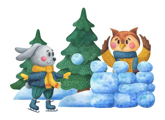 Kaninchen auf schlittschuhen wirft einen schneeball. eule in einem weihnachtspullover formt eine schneefestung im wald