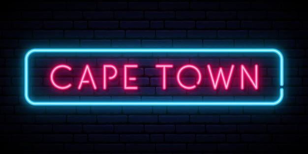 Kapstadt-leuchtreklame lokalisiert auf schwarzer wand