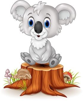 Karikatur entzückender Koala, der auf Baumstumpf sitzt