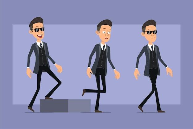 Karikatur flacher lustiger mafia-manncharakter im schwarzen mantel und in der sonnenbrille. erfolgreicher müder junge, der zu seinem ziel geht. bereit für animation. auf violettem hintergrund isoliert. einstellen.