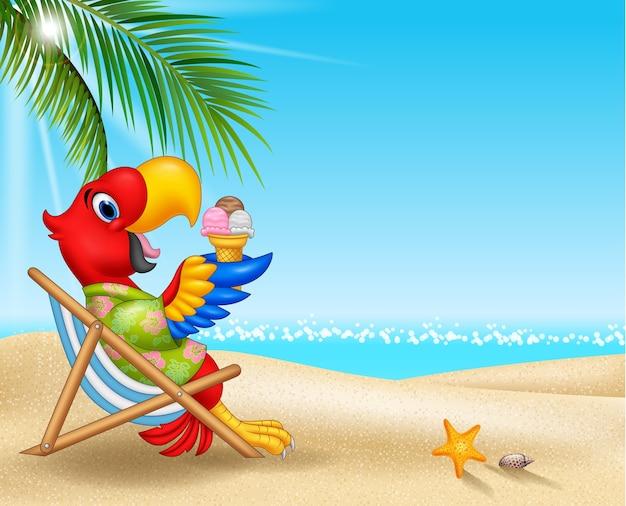 Karikatur macaw, der auf strandstuhl sitzt und eine eiscreme isst