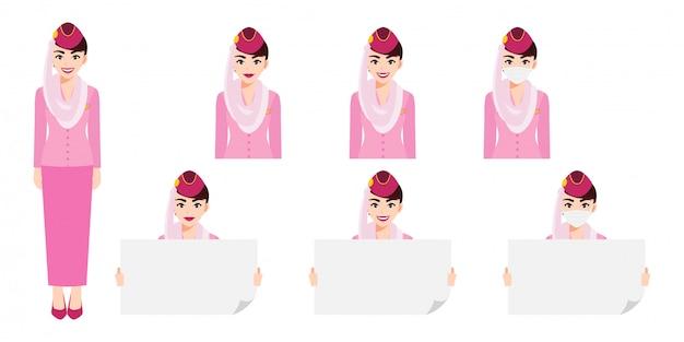 Karikaturfigur mit muslimischer stewardess in der rosa uniform mit lächeln, medizinischer maske und haltender plakatschablone. satz von isolierten abbildungen