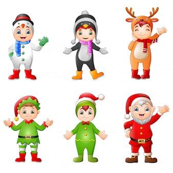 Karikaturkinder, die weihnachtskostüm tragen