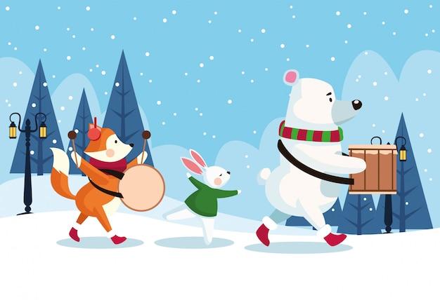 Karte der frohen weihnachten mit den tieren, die instrumente spielen