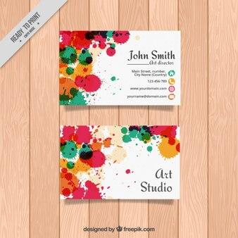 Kartenkunststudio mit farbflecken