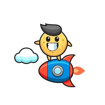Kartoffelchip-maskottchen-charakter, der eine rakete reitet, süßes design