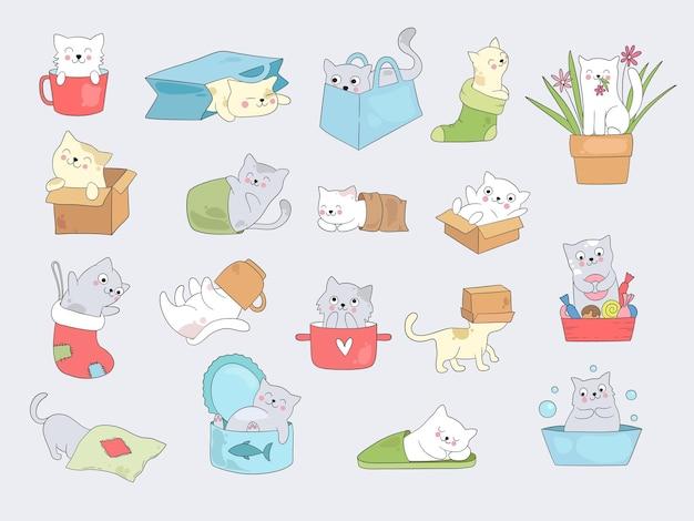 Katze in tassen. entspannende süße kleine kätzchen verstecken sich in tasse oder hausschuhen vektor lustige illustrationen. nettes kätzchentierfell in der socken- und hausschuhkollektion