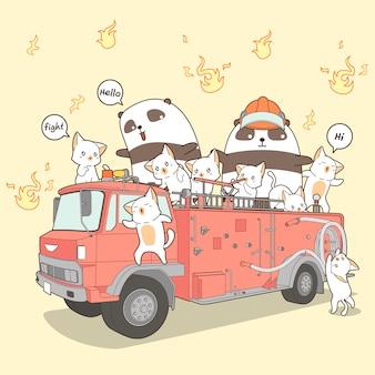Kawaii katzen- und pandafeuerwehrmann auf löschfahrzeug in der karikaturart.