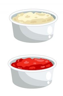 Ketchup und mayonnaise in schalen