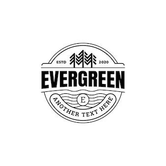 Kiefern-immergrüne baum-abenteuer-abzeichen rustikale logo-schablone