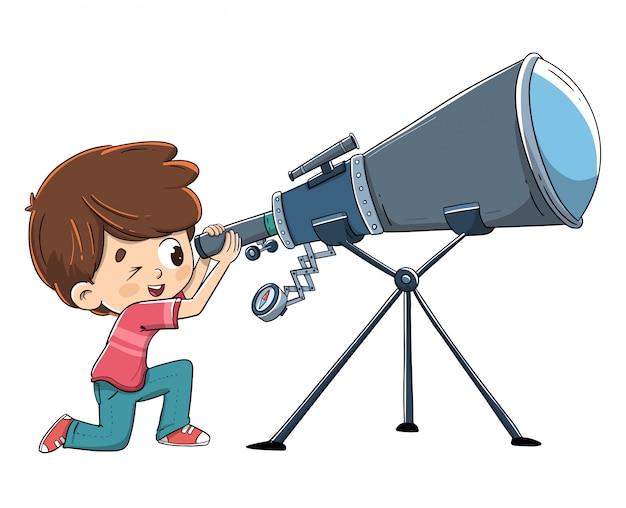 Kind, das durch ein teleskop in raum untersucht