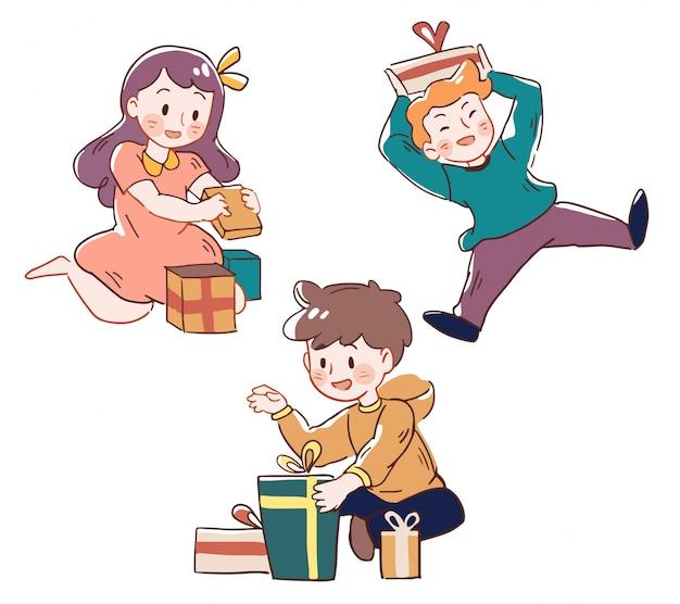 Kind lächelt, weil sie glücklich für geschenkbox bekommen