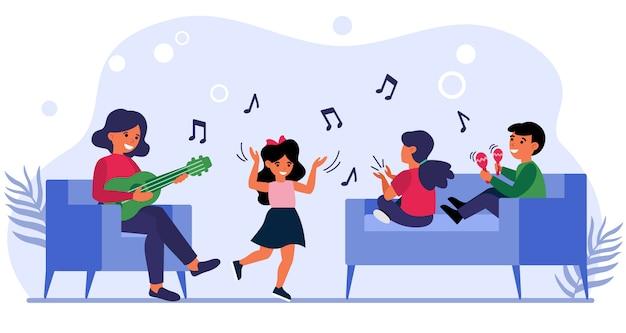 Kinder haben spaß im musikunterricht
