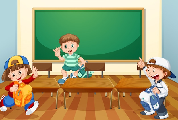Kinder im klassenzimmer mit büchern