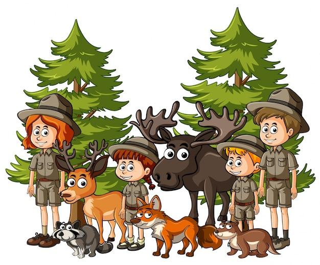 Kinder im safari-outfit mit vielen tieren