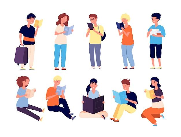 Kinder mit buch. schulmädchen und -jungen lesen bücher. schüler mit lehrbüchern. kleine leser isolierten zeichentrickfiguren. illustration junge und mädchen lesen buch, lesen schulkind