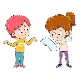 Kinder reden mit fragen miteinander. sie haben zweifel an einem thema und halten ein papier