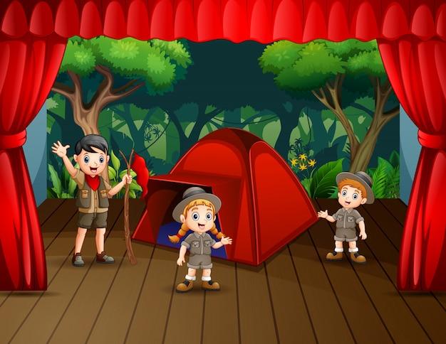 Kinder spielen drama auf bühnenillustration