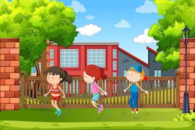 Kinder springen am seil