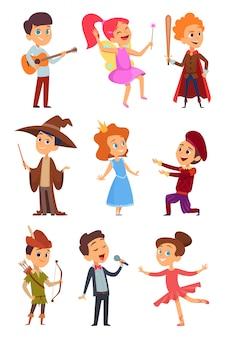 Kinderschauspieler. theateraufführung von lustigen kinderjungen und -mädchen im kostüm, das auf schulbühnencharakterkarikatur steht