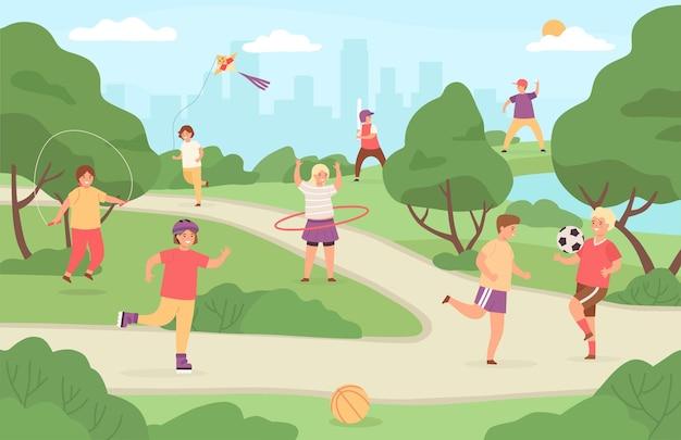 Kindersport im freien. kinder spielen im park spielplatz. mädchen mit drachen, junge, der fußball und baseball spielt. sommeraktivitätsvektor. illustrationssportpark im freien, landschaftskindergartenspielplatz