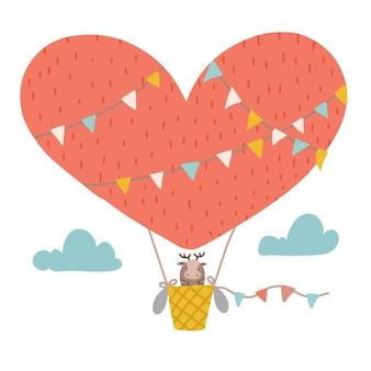 Kinderzimmerplakat niedlicher elch, der in einem heißluftballon in herzform fliegt, kinder flach handgezeichnete vektorillustration ...
