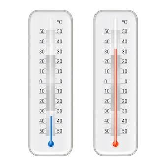 Klassische rote und blaue celsius-alkohol-ethanol-thermometer im außen- und innenbereich für realistische darstellung meteorologischer messungen