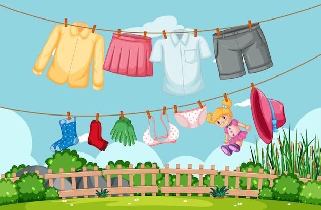 Kleidung, die im hof an der leine hängt