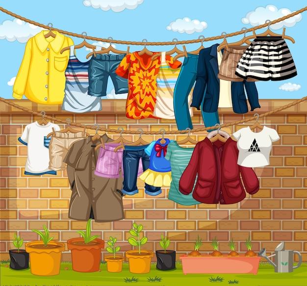 Kleidung hängt an wäscheleinen im freien szene