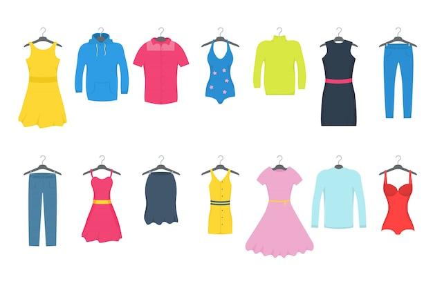 Kleidung und accessoires mode-icon-set. freizeitkleidung für männer und frauen auf einem kleiderbügel