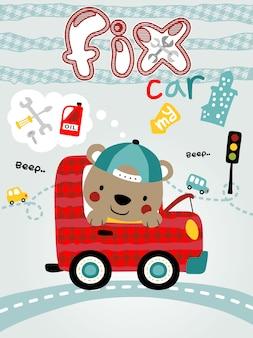 Kleine bärenkarikatur auf rotem auto